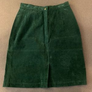 Suede Forest Green full-lining skirt